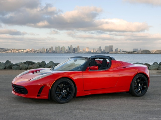 Tesla Roadster - электрический суперкар на батареях Panasonic