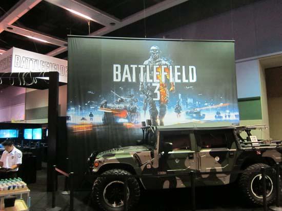 PAX Prime 2011 по масштабу не сравнить с той же GamesCom - наверное, поэтому Electronic Arts привезла на выставку только джип из Battlefield 3, а не реактивный самолет