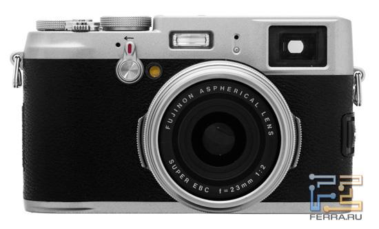 Fujifilm FinePix X100. Вид спереди
