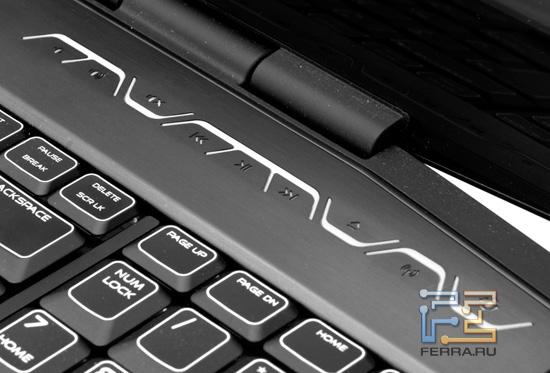 Дополнительные кнопки Dell Alienware M17x R3