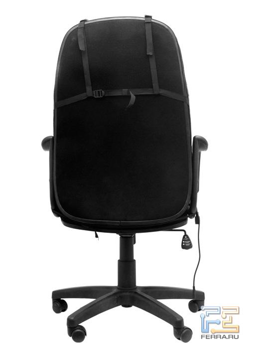 Накидка Gametrix JetSeat KW-901, установленная на кресло, вид сзади. Крепление подголовника напоминает известную деталь женской одежды