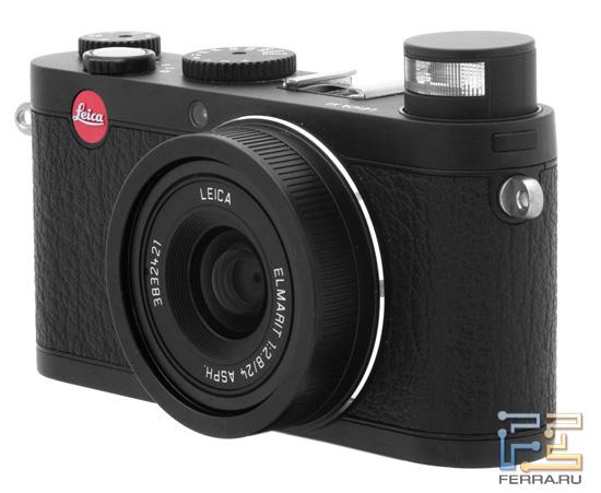 Leica X1 с возведенной вспышкой