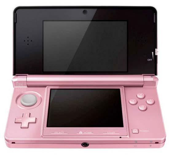 Как смогли убедиться посетители Tokyo Game Show 2011, внешне розовая 3DS не отличается от предшественниц