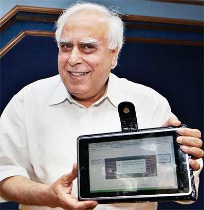 Индийский 35-долларовый планшет
