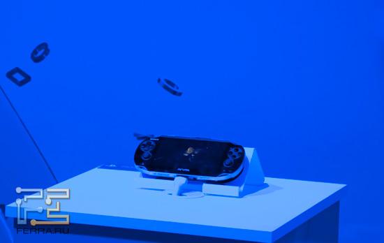 PS Vita на выставке Игромир 2011