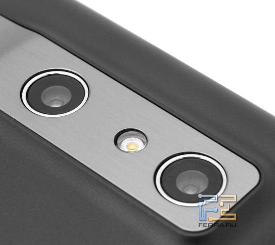 Стереокамера LG Optimus 3D