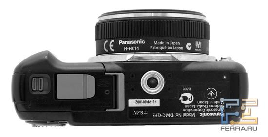 Нижняя сторона корпуса Panasonic Lumix GF3