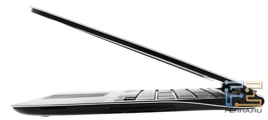 Samsung 900X3A. Вид сбоку