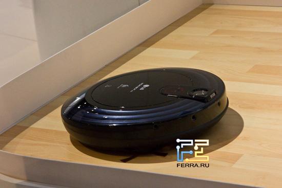 LG Home Bot на выставке IFA 2011