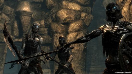 Мертвые в The Elder Scrolls V: Skyrim принципиально не желают лежать смирно и тихо разлагаться