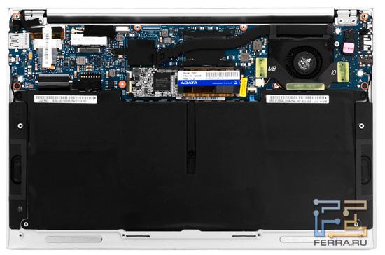 Ноутбук ASUS Zenbook UX21E со снятой задней крышкой