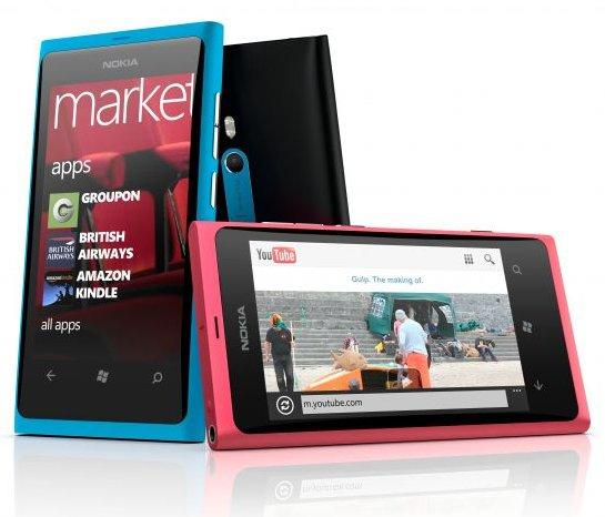 Смартфон Nokia Lumia 800 на Windows Phone 7