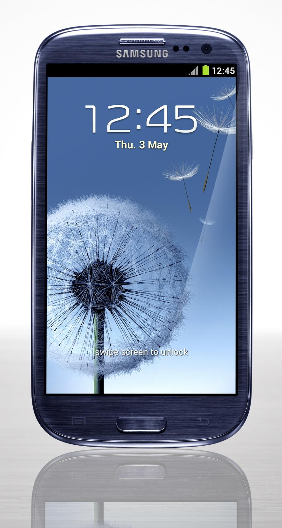 Samsung galaxy 2 plus совершенно случайно появился на cebit 2013 фото
