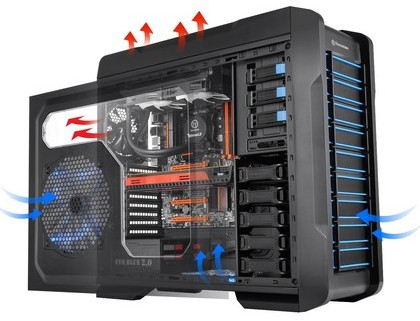 Full-Tower корпус Thermaltake Chaser A71 подойдет для геймерских систем