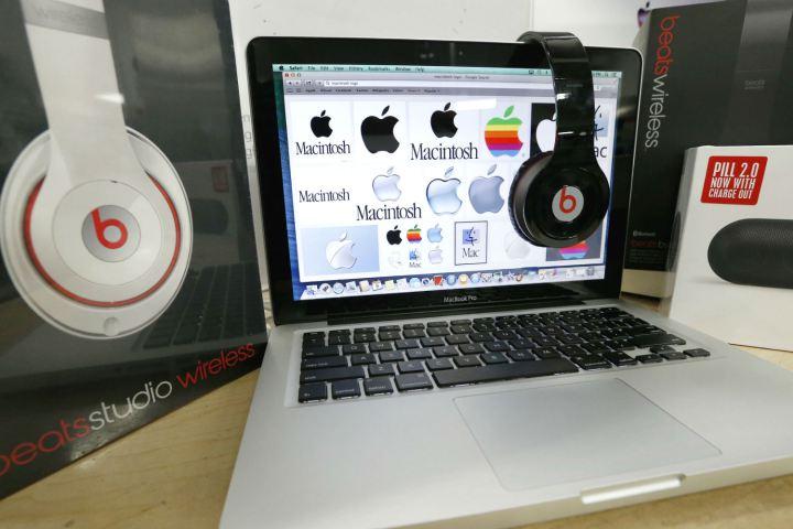Apple купит Beats со скидкой
