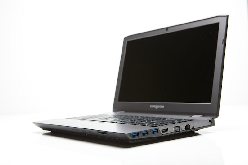 Ноутбуки Eurocom M3 и M4 теперь доступны с русскими клавиатурами
