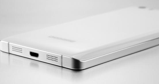 Бюджетный смартфон Doogee S6000 получит аккумулятор на 6000 мАч