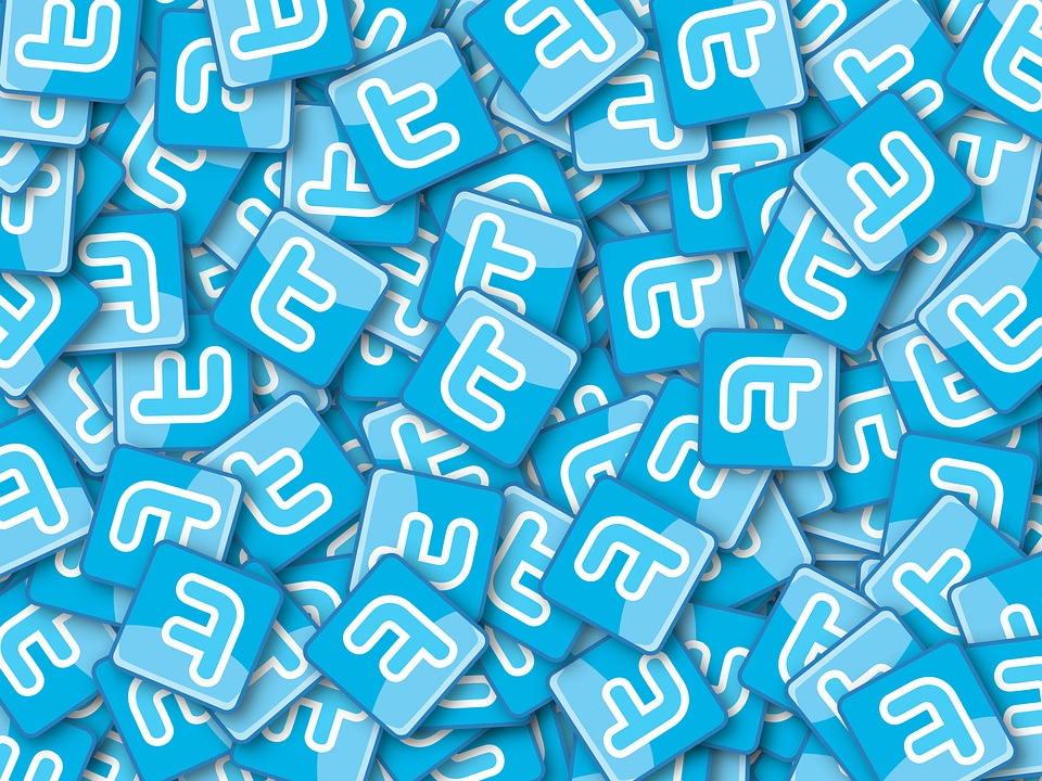 Twitter запустил опцию нехронологической ленты