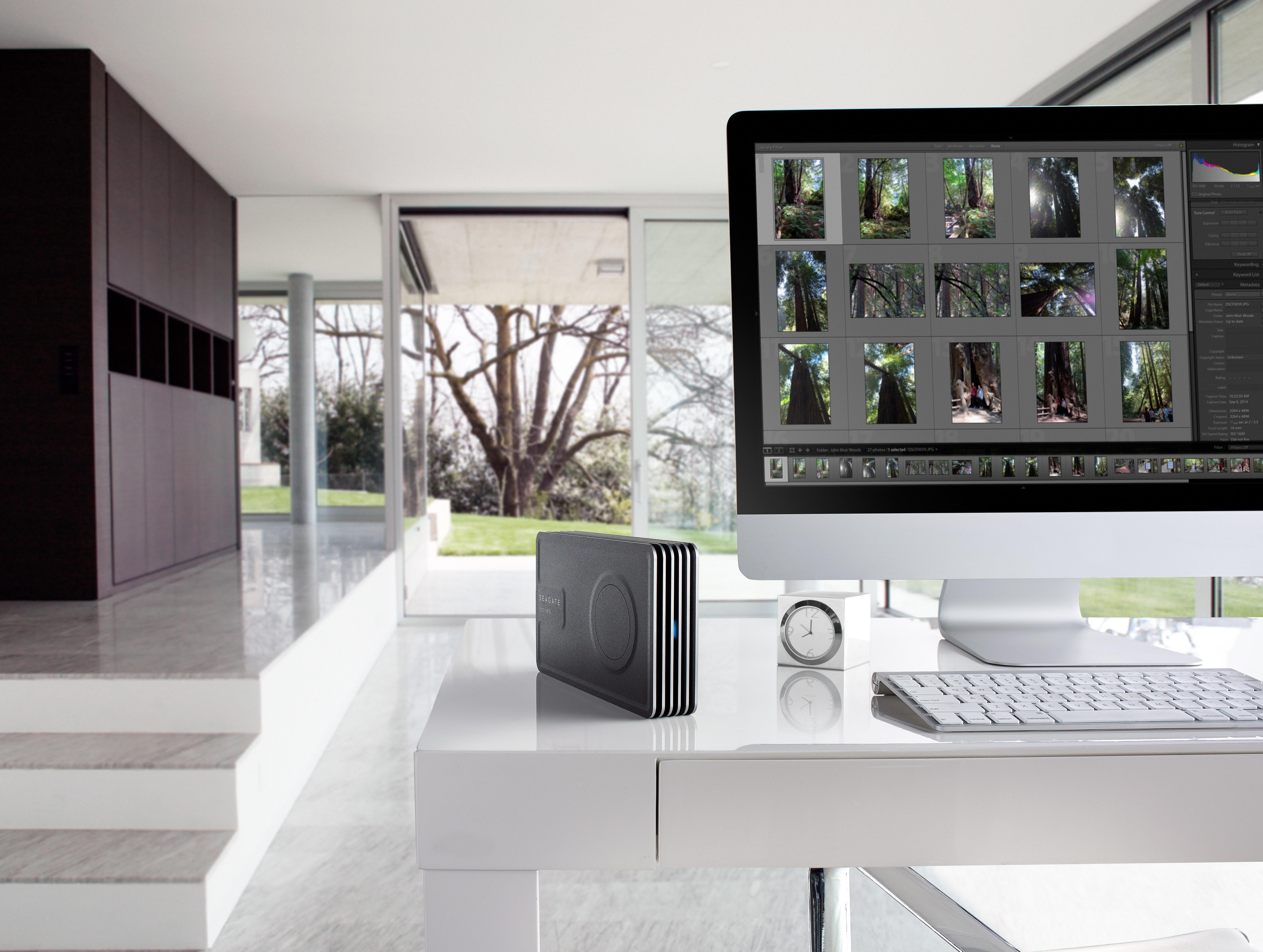 Seagate выпустила первый настольный винчестер Innov8 с питанием по USB