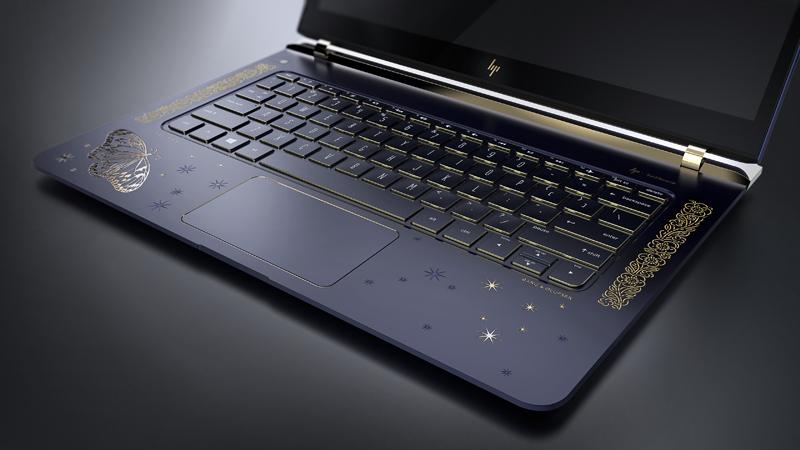 HP представила ноутбук Artistry с 18-каратным золотым покрытием и бриллиантами
