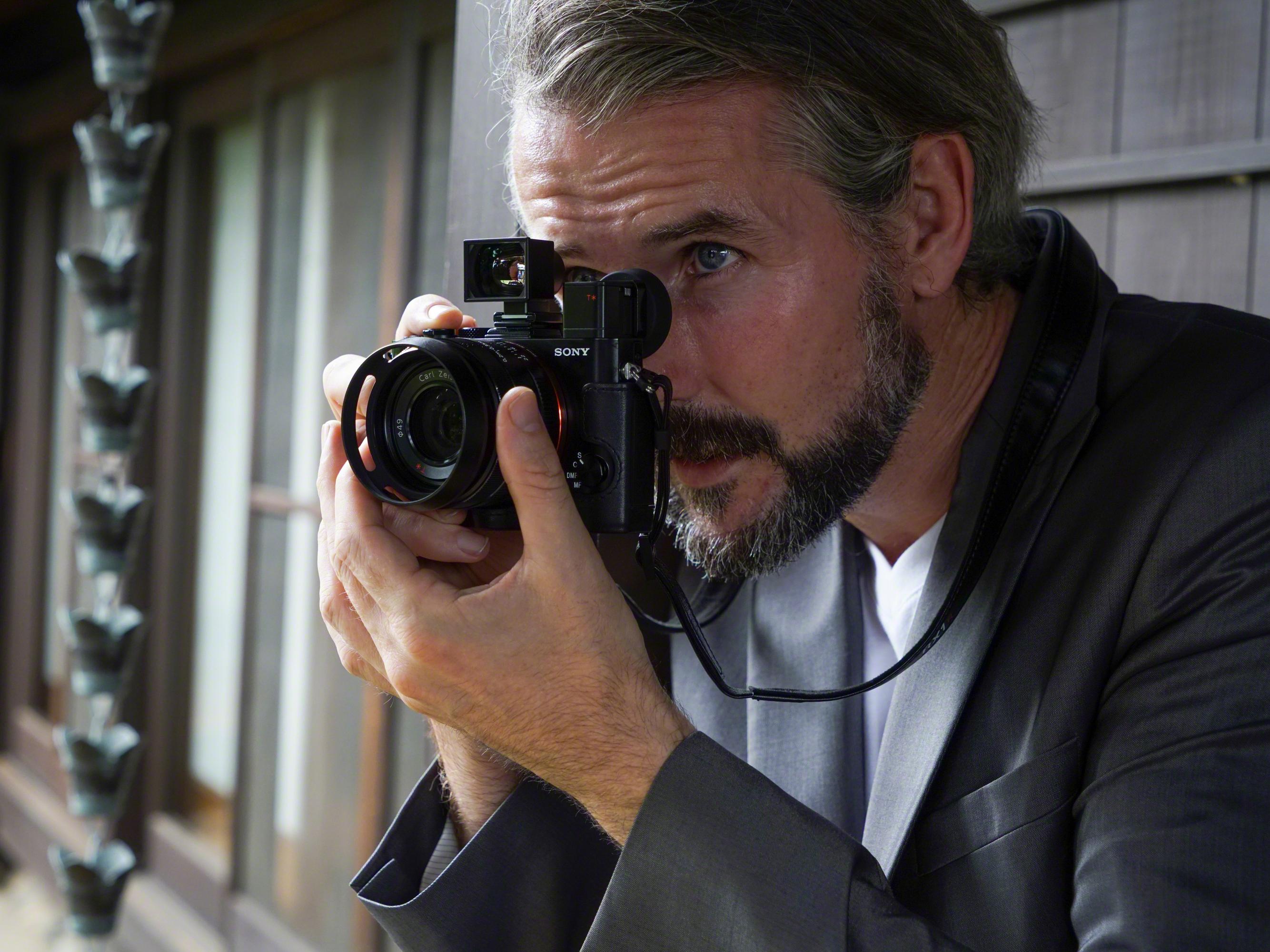 Снова лучший компактный фуллфрейм. Обзор камеры Sony RX1R ...: http://www.ferra.ru/ru/digiphoto/review/obzor-sony-rx1r-ii/