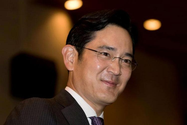 Вице-президента Samsung не стали арестовывать