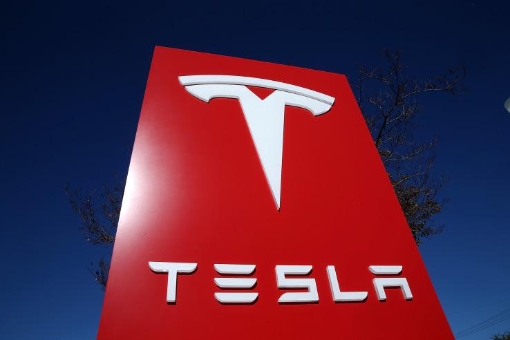 Tesla Motors изменила свое название