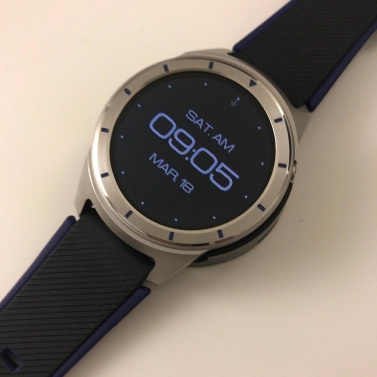 Смарт-часы ZTE Quartz засветились на фото