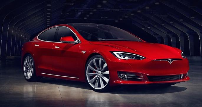 Без тормозов: Tesla отзывает 53 тысячи Model S и Model X