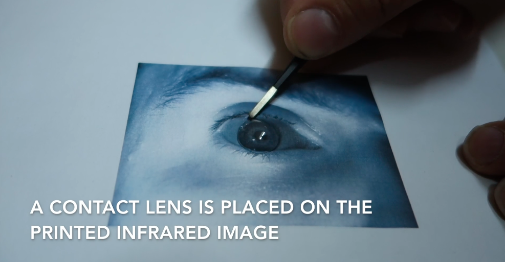 Биометрическую защиту Samsung Galaxy S8 обошли с помощью фото и контактной линзы