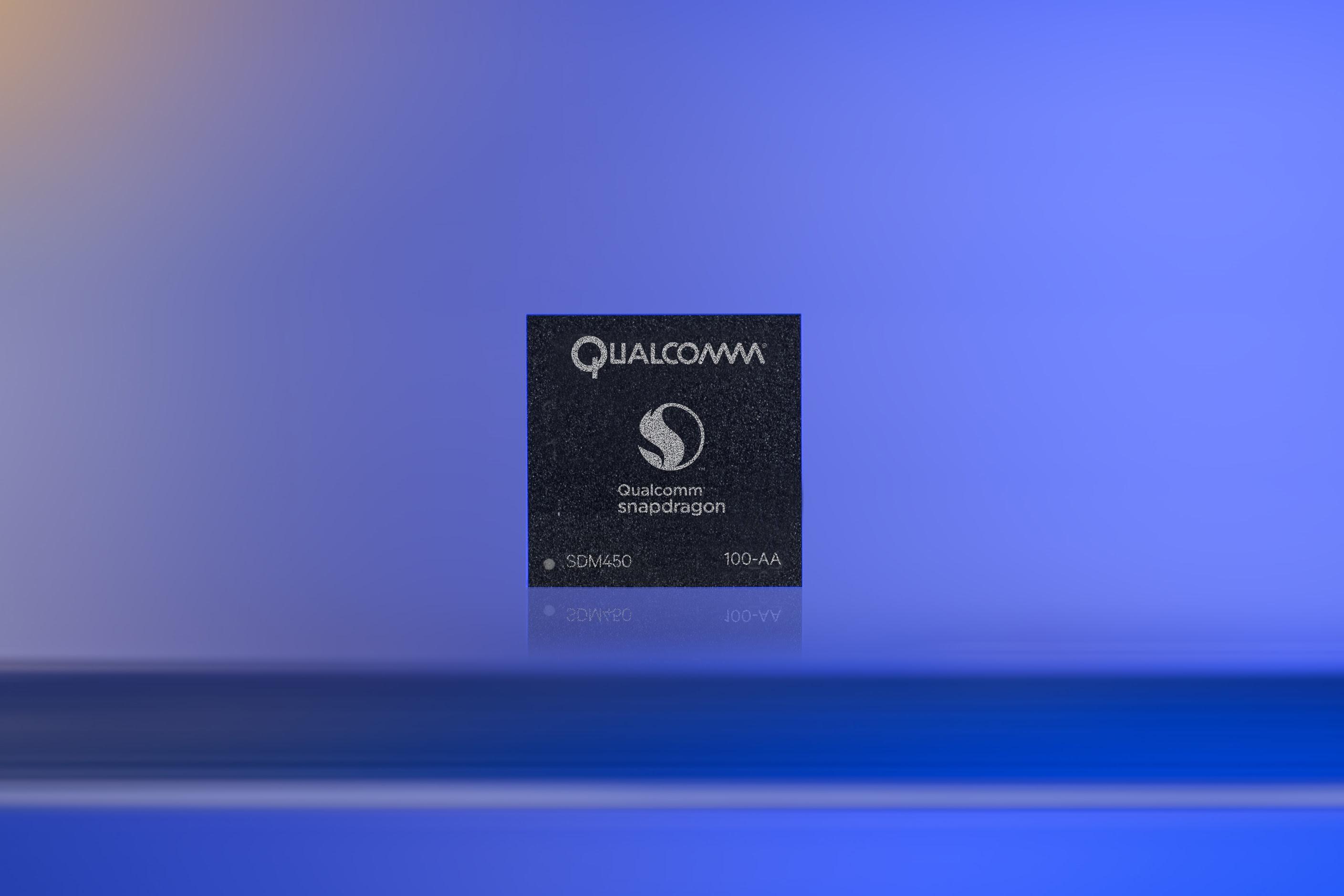 Qualcomm представила продвинутый чип Snapdragon 450 для смартфонов среднего класса