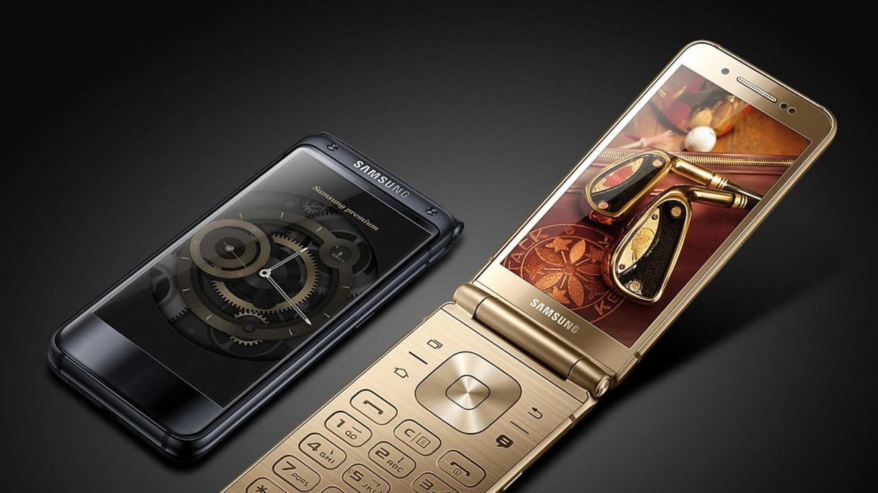 Samsung готовит мощную раскладушку W2018 с 6 ГБ оперативной памяти