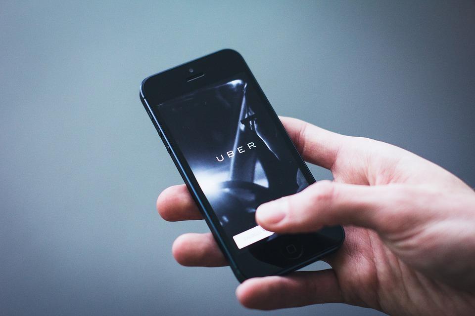 Цифра дня: Сколько заплатила Uber хакерам за данные 57 млн пользователей и водителей?