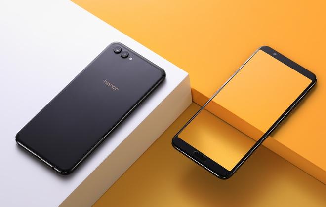 Объявлена российская цена безрамочного смартфона Huawei Honor View 10