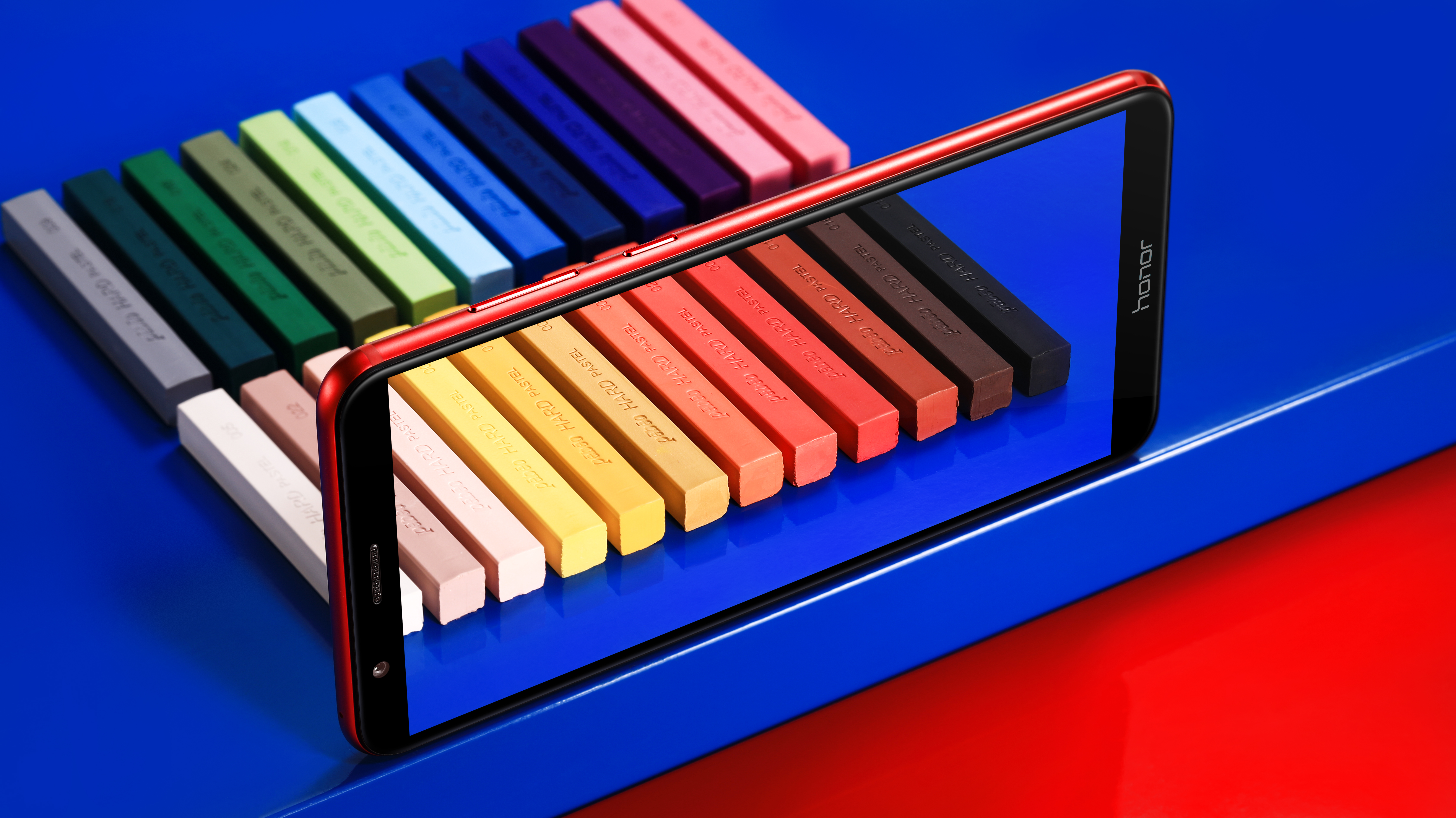 Смартфон Huawei Honor 7X научится узнавать пользователей в лицо