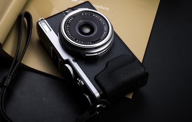 Fujifilm представила беззеркалку X-H1 для любителей видео