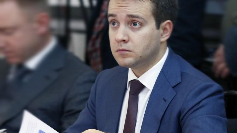 Медведев предлагает оставить Россию без Минкомсвязи