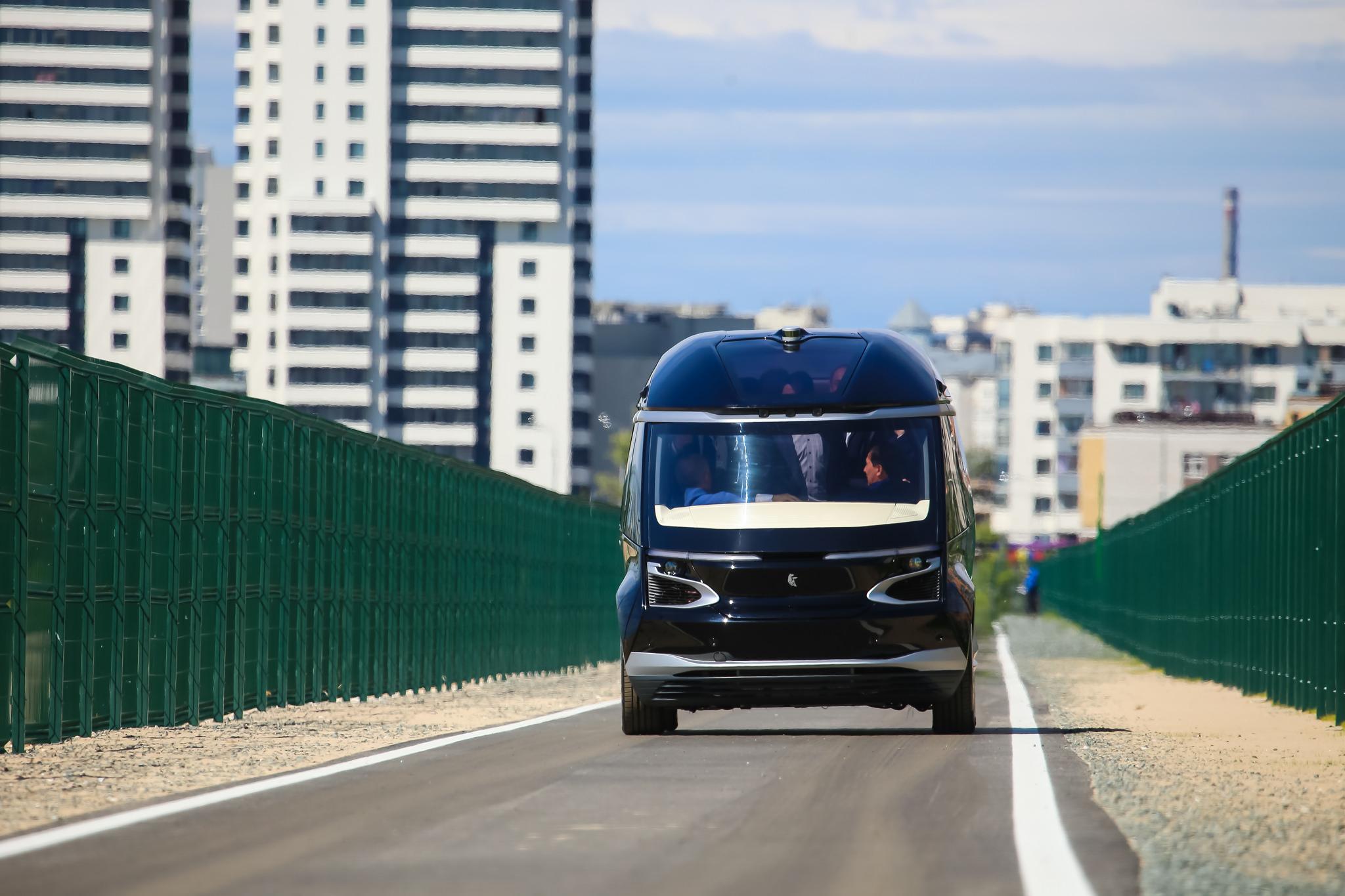 КамАЗ показал первые беспилотные автобусы со связью 5G
