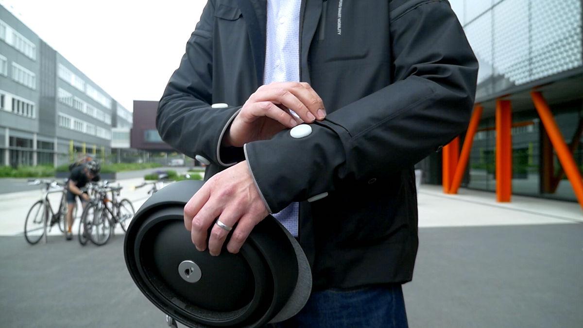 Ford создал «умную» куртку для велосипедистов