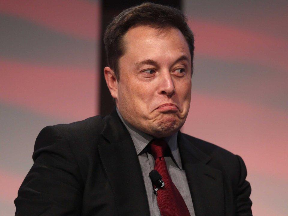 Инвесторы Tesla обвиняют Илона Маска в мошенничестве
