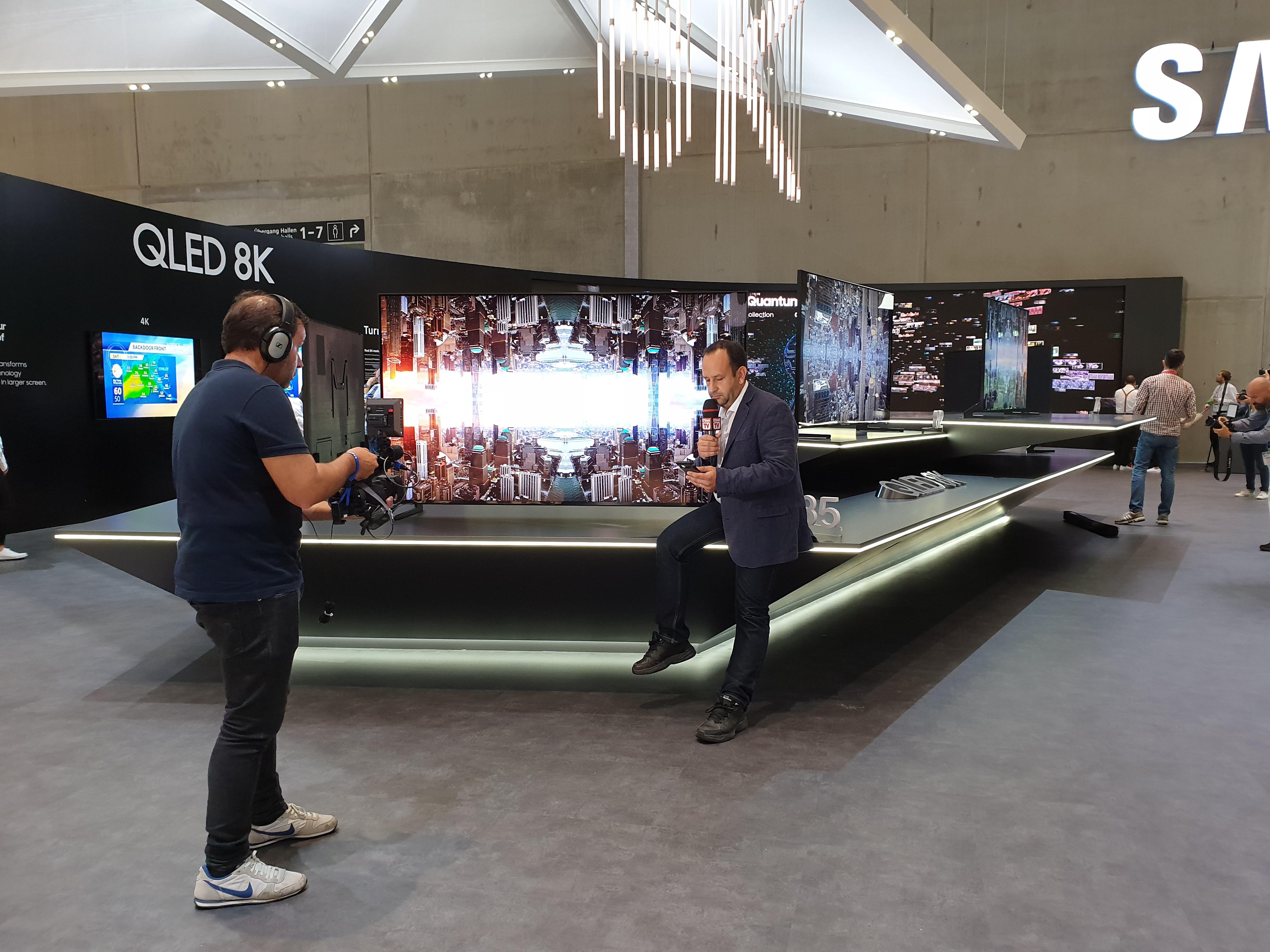 Samsung представила свой первый коммерческий 8K-телевизор
