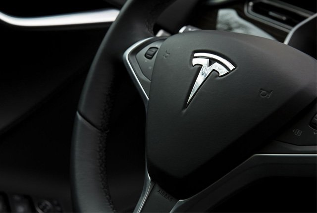 Топ-менеджеры Tesla бегут из компании