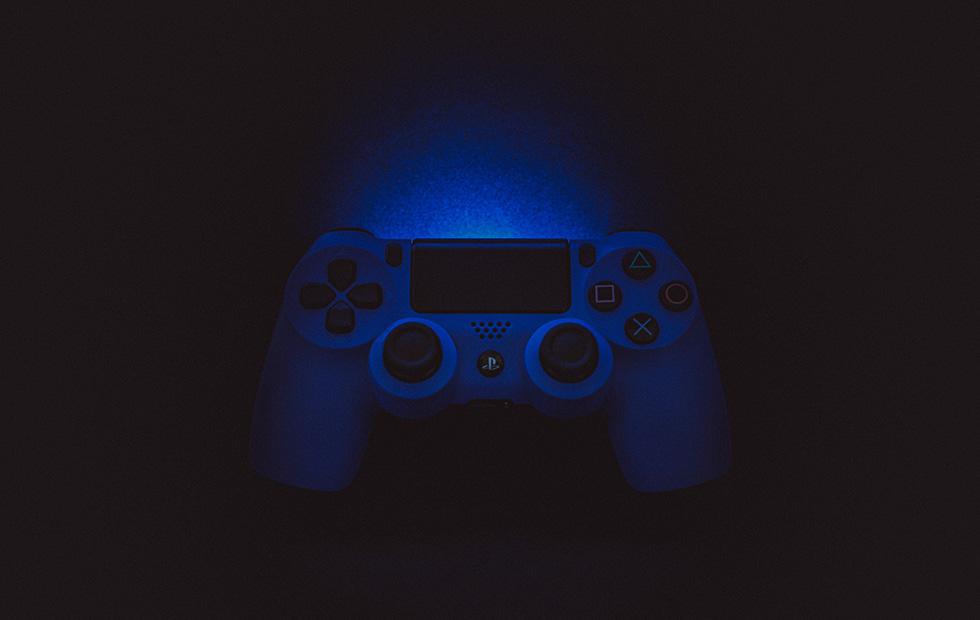 Sony впервые судится с продавцом взломанных PlayStation 4