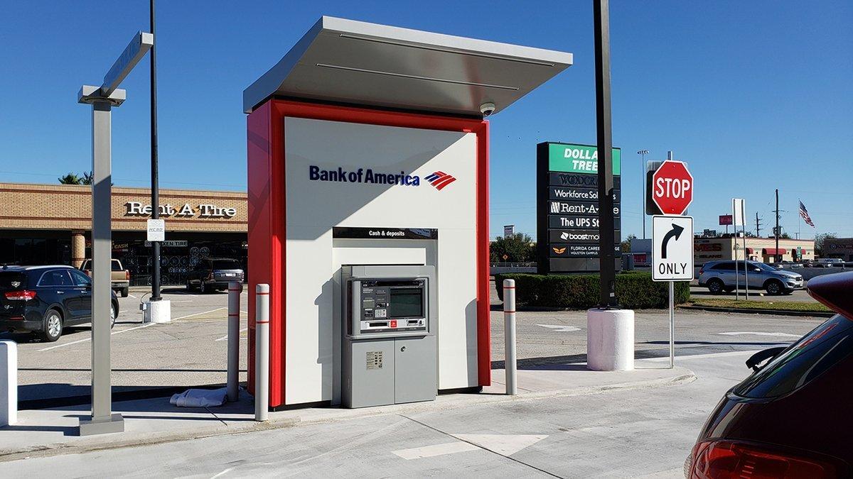 Bank of America разрешил пользователям оставить «прибыль» от банкомата, который по ошибке выдавал $100 вместо $20