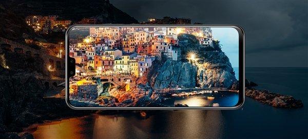 Огромный планшетофон Huawei стал мощнее