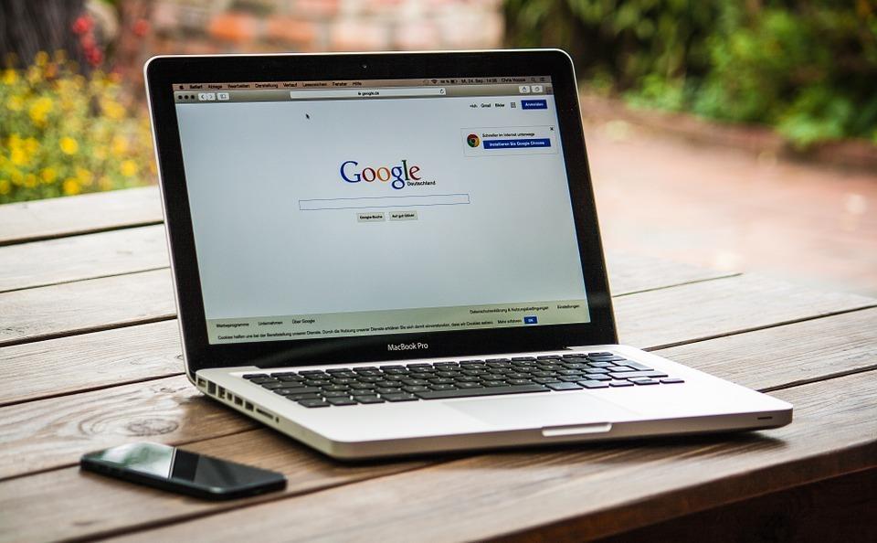 Роскомнадзор заявил о готовности заблокировать Google в России