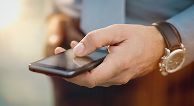 Общемировые продажи смартфонов начали падать, но в следующем году всё изменится