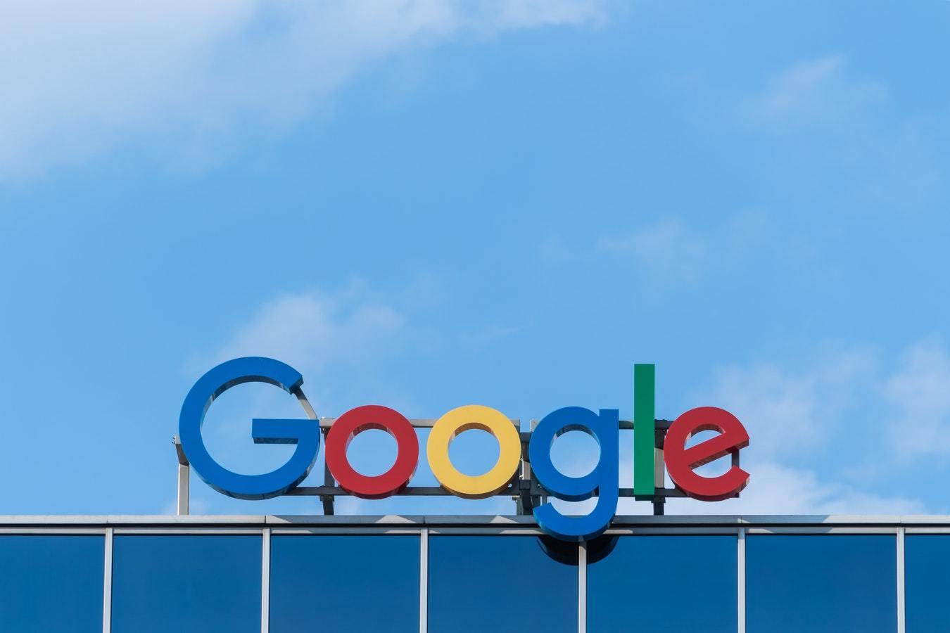 Google решила заплатить штраф Роскомнадзора