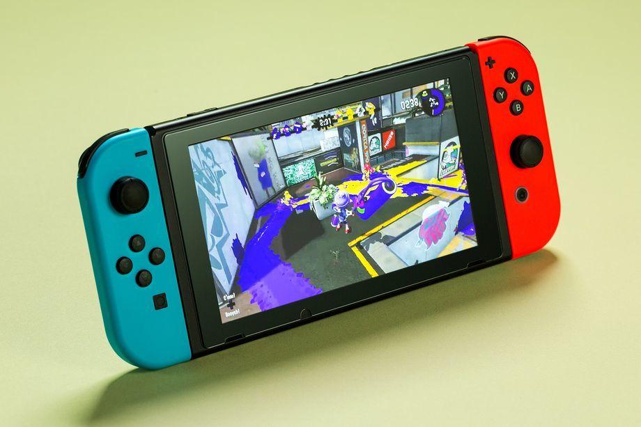 Nintendo выпустит маленькую и недорогую версию портативной консоли Switch