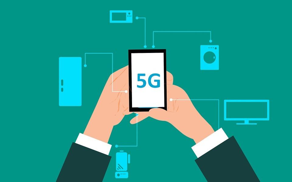 ФСБ предложили строить 5G на российских SIM-картах и шифровании